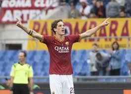 La Roma batte il Napoli per 2-1. Ora è terza in classifica dopo il terzo successo consecutivo