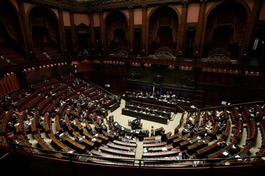 Dl sicurezza: Camera inizia voto odg ma manca il numero legale
